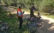 اصابة شاب سقط عن دراجته الهوائية في وادي الزيف