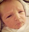 لماذا يبدو هؤلاء الرضع كبارا في السن وغاضبين؟