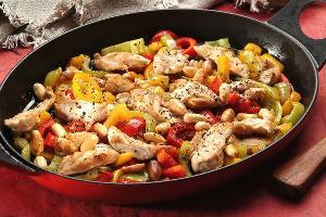 المقادير: 750 غرام صدر دجاج مقطع إلى شرائح فلفلة