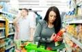 خبراء: مهم قراءة المعلومات الغذائية على المنتج