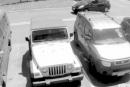 رد فعل إمرأة عجوز استولى شاب على مكان ركن سيارتها
