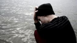 علماء: الكآبة تسبب أمراضا جسدية