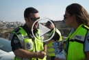 شرطة السير توزّع مناشير توعوية للسائقين في العطلة الصيفية وعشية عيد الفطر