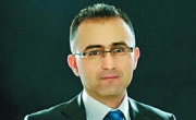 زياد أبو حبلة:  تحطّم حلمي بصنع تاريخ في بنك لئومي!