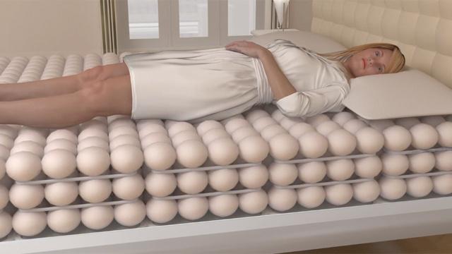 سرير ذكي يتكون من كرات هوائية ويناسب أي وزن وحجم  0712754