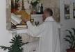 الاب ساندي حبيب يتراس قداس في كنيسة السيدة بالجش