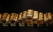 الذهب مستقر بفعل اشارات اقتصادية متضاربة