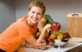 الطعام النيء.. فوائد سحرية لا يعرفها إلا المجرب