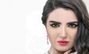 ياسمين جيلاني تتعرض للسرقة في جنازة نور الشريف