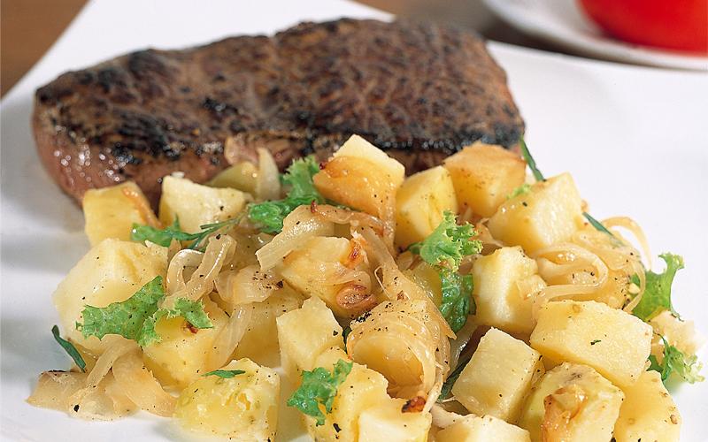 سلطة البطاطا الألمانية الساخنة  71