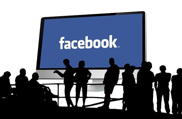 أفضل 10 ألعاب على الفيسبوك لسنة 2015