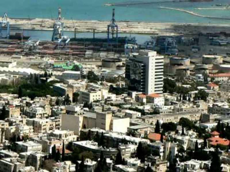 رعب إسرائيلي وقوع تسونامي بحري