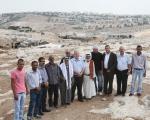 الحسيني يحذر من مخطط ترحيل الالاف من البدو من ابو ديس