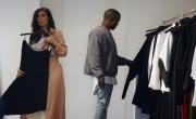 زوج كيم كارداشيان هو من يدفع ثمن ملابسها