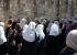 القدس: إبعاد خديجة خويص عن المسجد الأقصى 15 يوماً