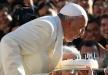 البابا فرنسيس يحتفل بعيد ميلاده على انغام التانغو