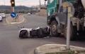 يركا: حادث بين دراجة وخلاط باطون واصابة السائق