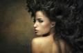 اكتشفي 5 أضرار لغسل الشعر يومياً