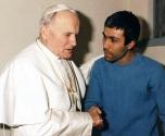 مطلق النار على يوحنا بولس الثاني يطلب مقابلة البابا فرنسيس