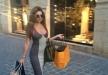 ميريام فارس تتسوق في شوارع بيروت