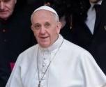 بابا الفاتيكان يستدعى مبعوثه بالعراق ويدعو رئيسها لحماية الأقليات