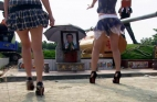 من رقصات إلى استعراضات التعري في جنازات بالصين