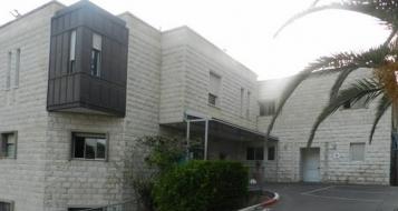 الشرطة: قبضنا على شاب من يافة الناصرة مشبوه بحادثة طعن على خلفية نزاع عائلي