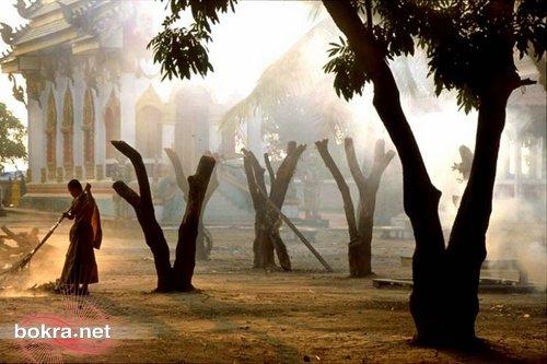 جمهورية لاوس 037-Monk-Tha_Khaek-L