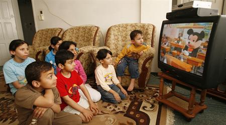 دراسة أمريكية: مشاهدة الأطفال للتلفزيون