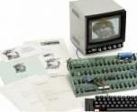 """بيع أول كمبيوتر لـ """"أبل"""" في مزاد بـ 900 ألف دولار"""
