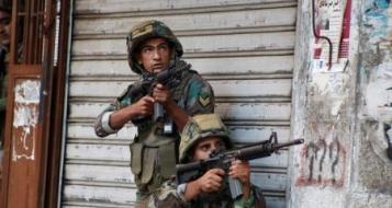 تواصل الإشتباكات في لبنان بين الجيش والمسلحين المتطرفين