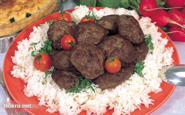 المقادير: كيلو من لحم الغنم الهبر ربع باقة كزبرة