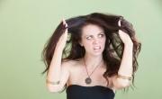 6 خلطات طبيعية تخلصك من جفاف الشعر قبل العيد