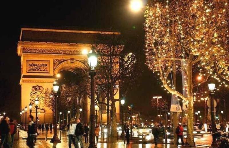 بالصور..جولة في باريس عاصمة الجمال 0paris%20(55)