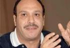 لحظة خروج جثمان الفنان الراحل خالد صالح من مسجد عمرو بن العاص