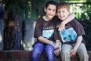 طفل يجمع مليون دولار لعلاج صديقه