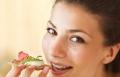 تناول وجبات طعام أكثر ينقص الوزن ويمنح فوائد صحية