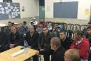 الناعورة: أجتماع واسع لأهل القرية والمنطقة للبت بقضية طعن الطالبة