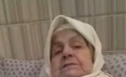 سبحان الله: عجوز مصابة بالزهايمر لا تتذكر إلا القرآن!