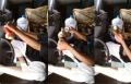 شاب خليجي مستهتر يضبط القهوة في سيارته ويقود بقدمه!