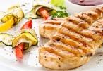صدور الدجاج المتبلة وجبة خفيفة صحية