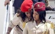 تعرفوا على .. مبروكة '' حارسة القذافي الخاصة تهرب الى الجزائر