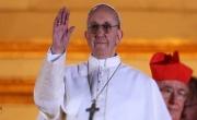 البابا في رسالة الميلاد: الصراع السوري حطّم قلبي لما فيه من حقد وآلام