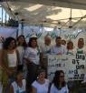 النائب جبارين يلتقي بالنساء المضربات عن الطعام في خيمة الاحتجاج