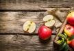 تفاح يساعد على الوقوع في الحب