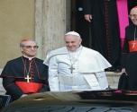 البابا  يندد بالعنف المرتكب باسم الكيان الإلهي