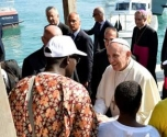 البابا فرنسيس يدعو لاستيعاب المهاجرين في اوروبا
