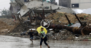 بالفيديو: الفيضانات تغمر غزة بعد يومين ماطرين