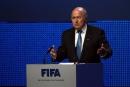 صحيفة سعودية: الفيفا يستسلم أمام قوة (الكولونيل) بلاتر