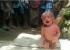 شاهدوا: ساحرة هندية تجبر رضيعا(يومان) على المشي